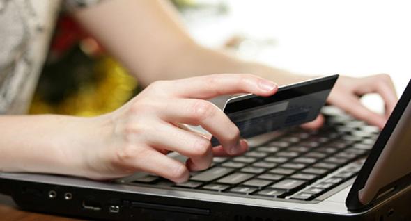 Día a día es más usual que compremos y realicemos pagos por Internet mediante una tarjeta de crédito