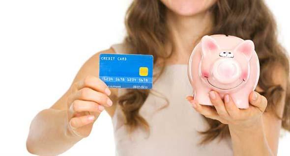 En tiempos de deuda evita usar las tarjetas decrédito