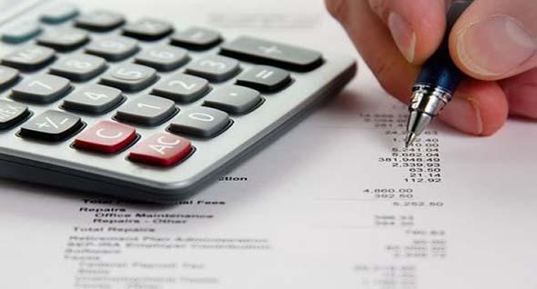 Destina una tercera parte de tus ingresos para saldar deudas